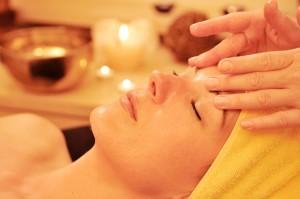 Holistic aromatherapy facial