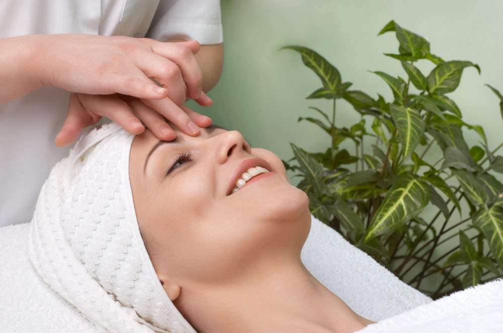 NVQ L3 Beauty therapy General VTCT training course - Advanced ...